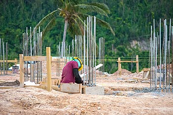 pril 27, 2018 Anichi Resort Construction Update: Working